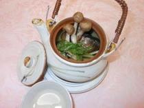 蛤の土瓶蒸し(一例)