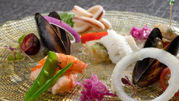 【大人の極上ディナービュッフェ!】ライブ感あふれる♪多彩な出来立てのお料理をお愉しみください