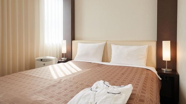 【喫煙可】スタンダードダブル(16平米)ベッド幅160cm