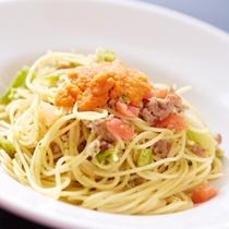 【ディナー/コース料理】自家製サルシッチャとブロッコリー入りフレッシュトマトのエルムッションソース