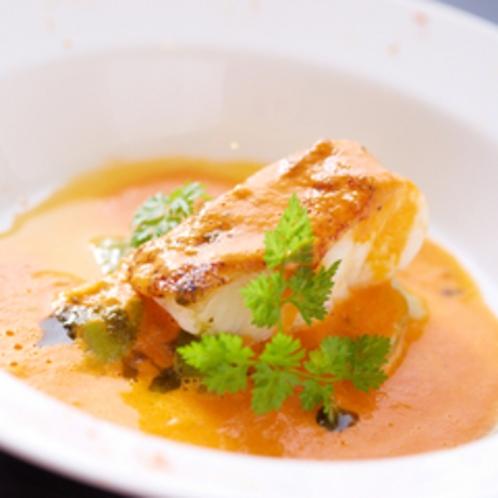 【ディナー/コース料理】近海魚のカッチュッコ風(煮込み)凝縮した濃厚な海のエキス