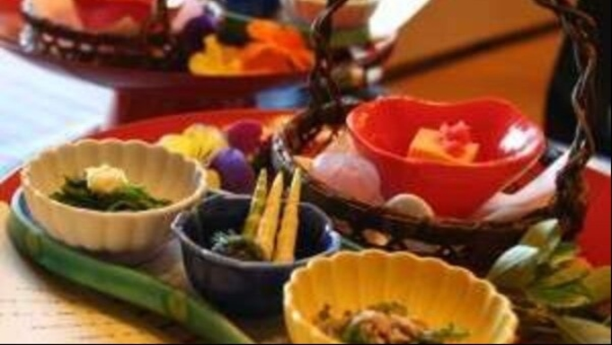 【秋冬旅セール】季節のお料理と源泉掛け流しを楽しむ♪【新館スタンダード】