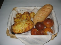 自家製手焼きパン