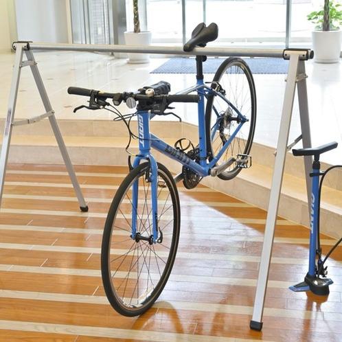 お部屋への自転車のお持込みも可能です