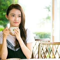 喫茶スペースで過ごす一時が旅の疲れを癒やします。