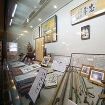 【展示コーナー】江戸時代の創業からの歩みをご覧いただけます。
