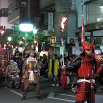 *【人吉お城まつり】約200名の武者行列が市内を練り歩きます。