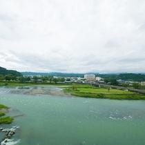 風光明媚な球磨川の景色