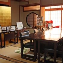 【カフェルーム】絵手紙などのワークショップが開催されることも。