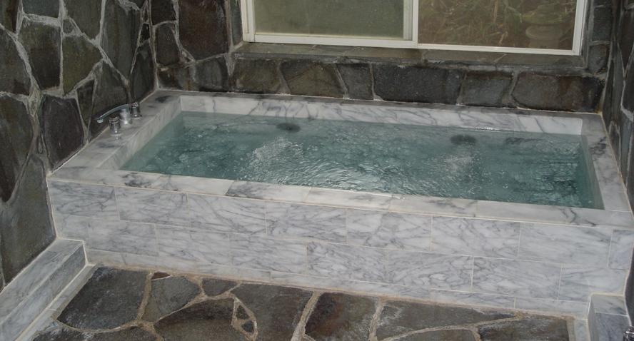 風呂、地下の大理石風呂