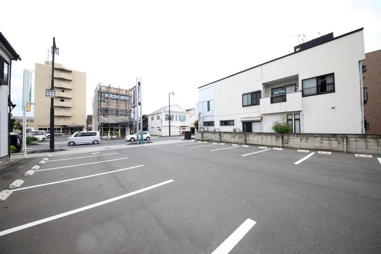 加須第一ホテル 駐車場