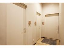 男女トイレ&多目的用トイレ