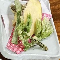 旬の山菜天ぷら
