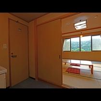 【10畳和室】踏込+広縁の広々としたお部屋