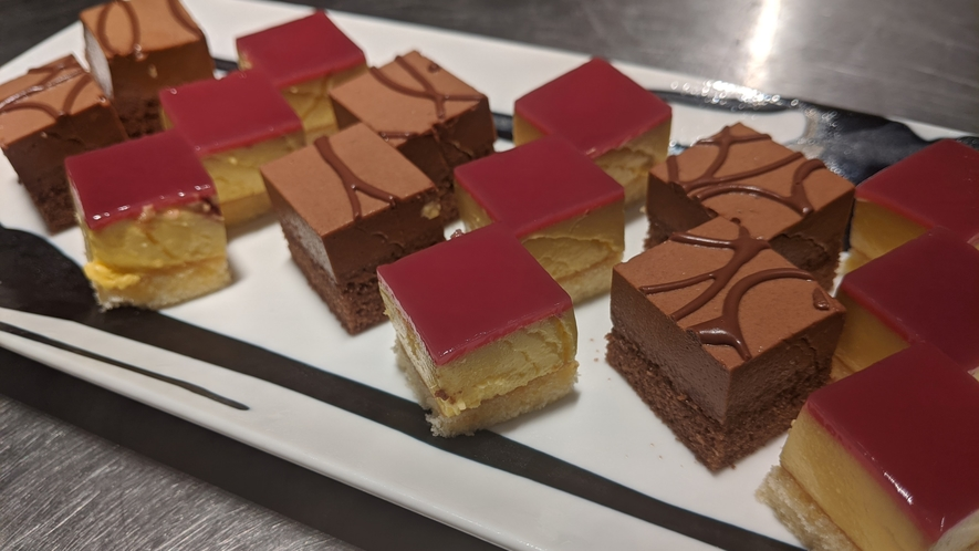 安納芋ケーキ&チョコレートケーキ