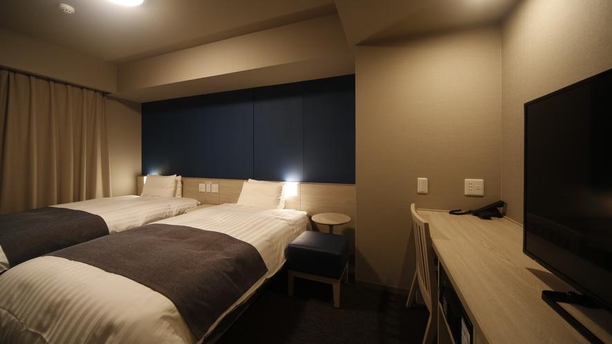 ツインルーム 19.1~20.7平米 シモンズ社製ベッド(120cm×195cm×2台)