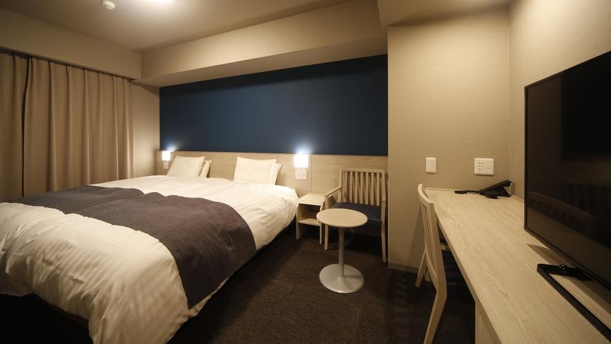 ハリウッドツインルーム 20.0平米 シモンズ社製ベッド(120cm×195cm×2台)