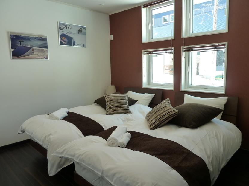 1F ベッドルーム1