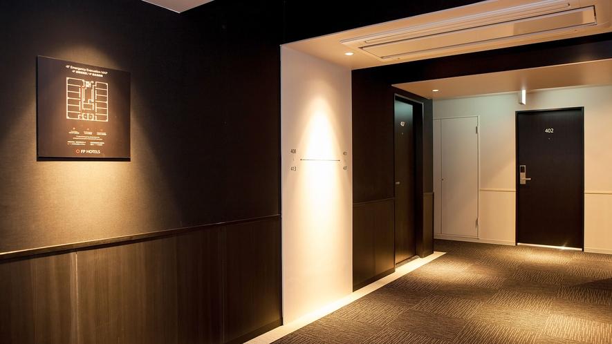 ・エレベーターホール(4階)