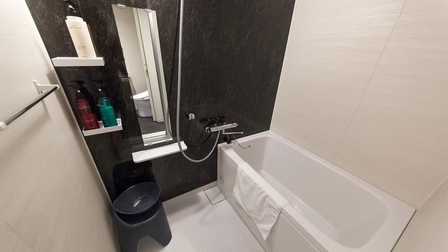 ファミリーツインルーム:バスルーム