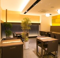 本館1Fレストラン空間