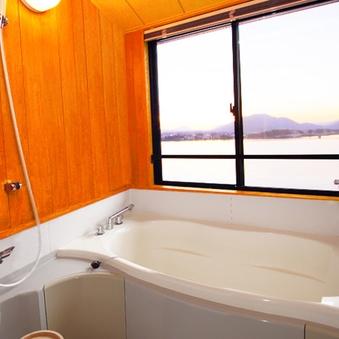 【禁煙】和室8畳 富士山・河口湖側&お風呂付(ユニットバス)