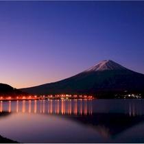 【富士山ギャラリー】朝の富士山
