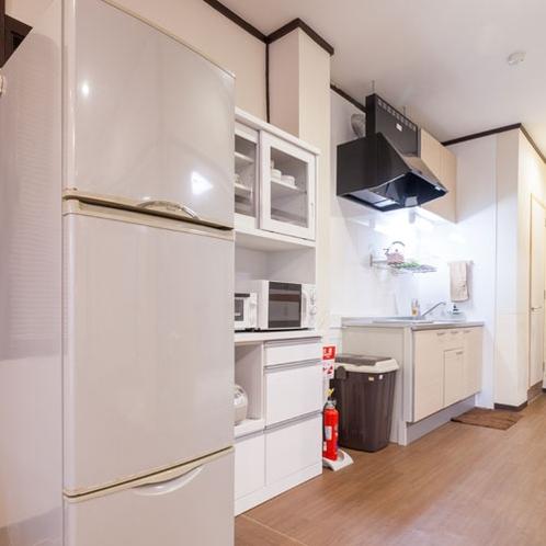 キッチンカウンター(調理器具、食器完備)IH型キッチン