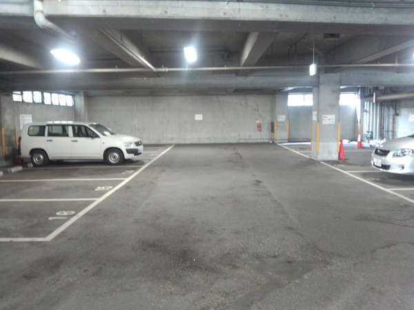 駐車場¥850(先着順予約不可)