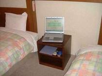 無線LAN完備です。貸出し用PCは有りません。