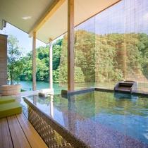 お部屋の露天風呂&足湯3