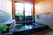 客室専用の解放型内湯