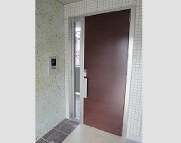 D-room Business 花垣 エントランスドア(オートロック)