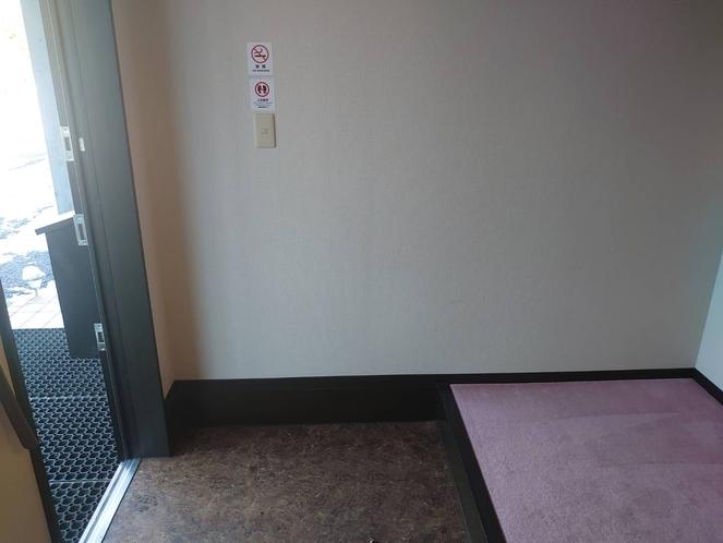玄関(自転車は玄関で保管できます)