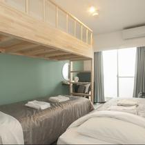 ロフト付ツイン:ご家族やグループ旅行にも最適なロフト付のお部屋です。