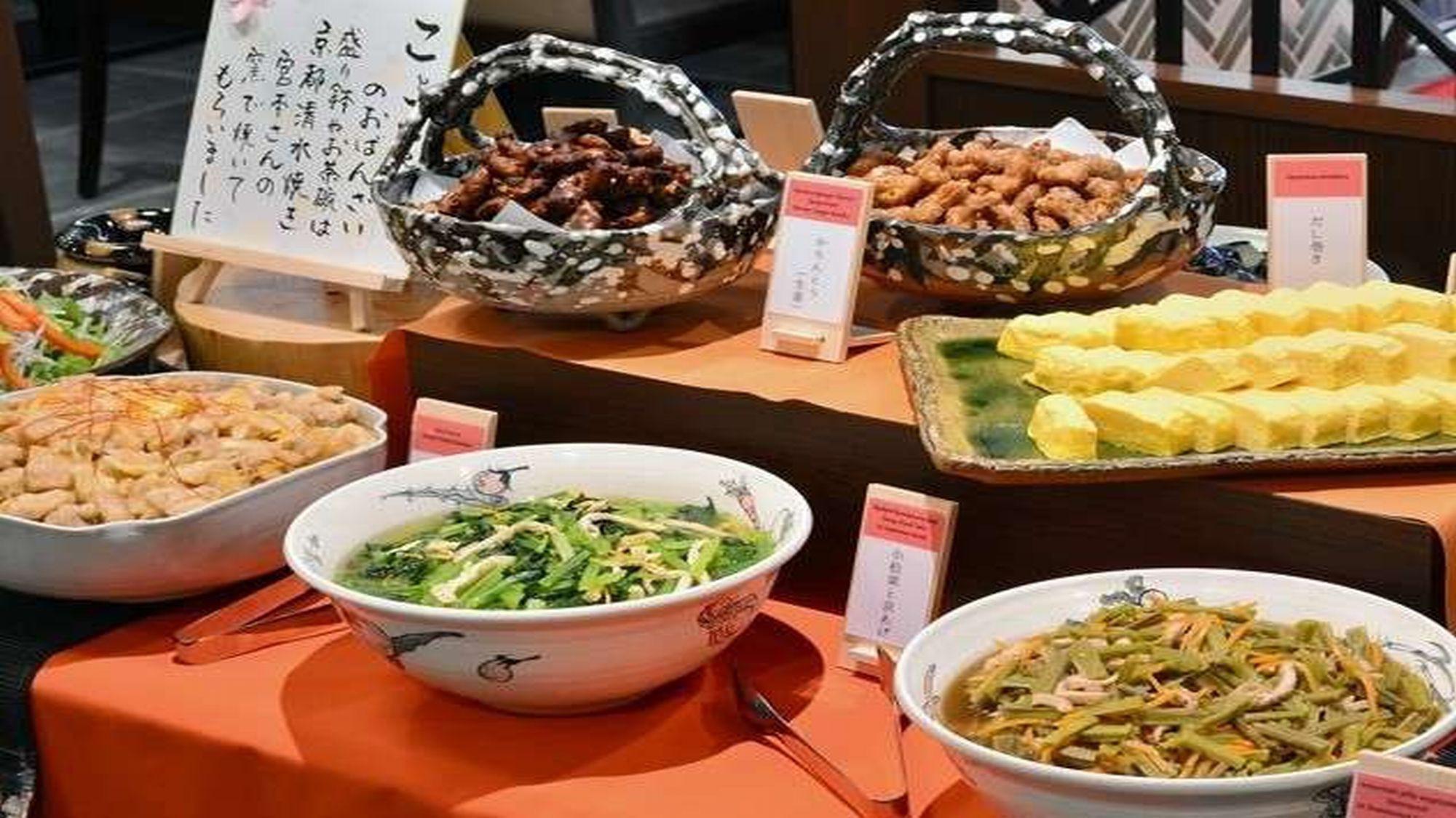 【朝食】おばんざいとは京都の常日頃、家で食べる様なお惣菜です