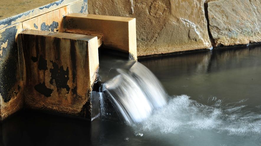 榛名山は那須火山帯に属する標式的二重火山です。上質な温泉が滾々と湧き出ております。