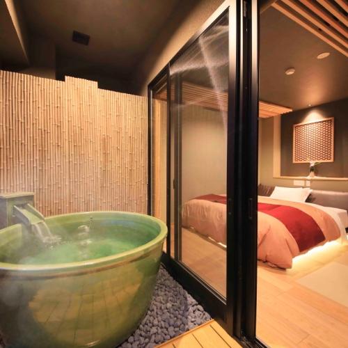 【MIYABI邸】温泉半露天風呂付きキング(一例)