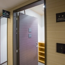 2階浴場入り口(男女)
