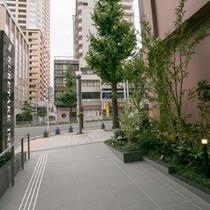 ホテル外観(入り口)