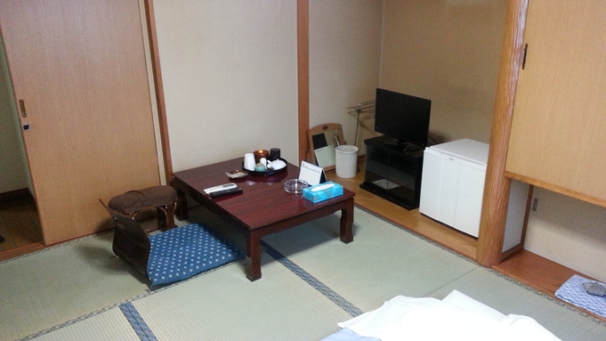 素泊まり、和室(2名利用で1000円割引)