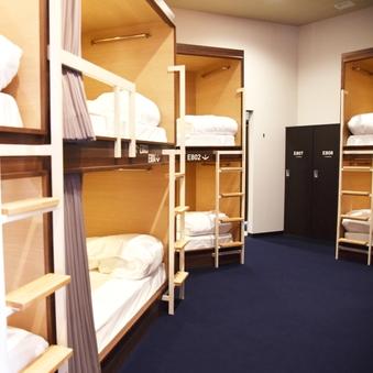 【8名用】半個室(2段ベッドタイプ)