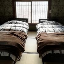 ベッドルーム(2階)