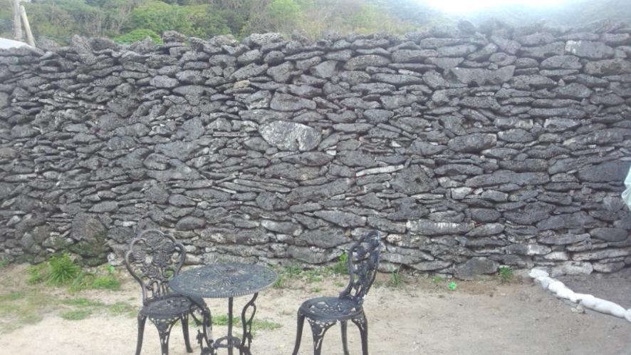 さんご礁(自然遺産)の石垣