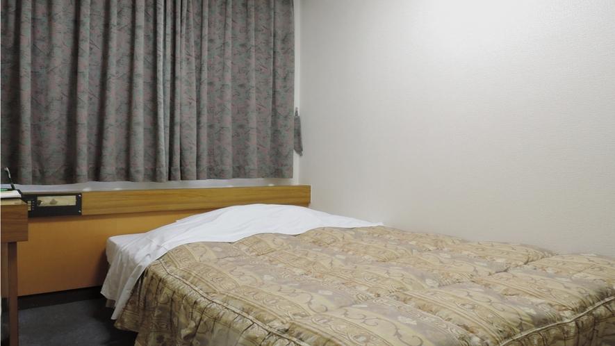 【部屋】ツイン/セミダブルベッドでゆっくりとお休みいただけます