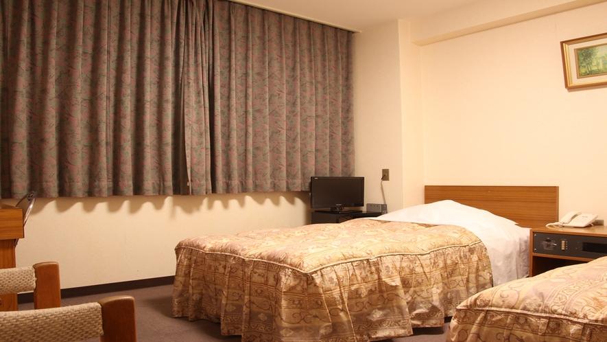 【部屋】ツイン/セミダブル+シングルのお部屋です。