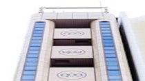 ホテル外観■恵美須町駅の上にある7階立てのビルの3階から7階が当ホテルです