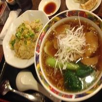 中華食堂 双き亭ラーメン&餃子3