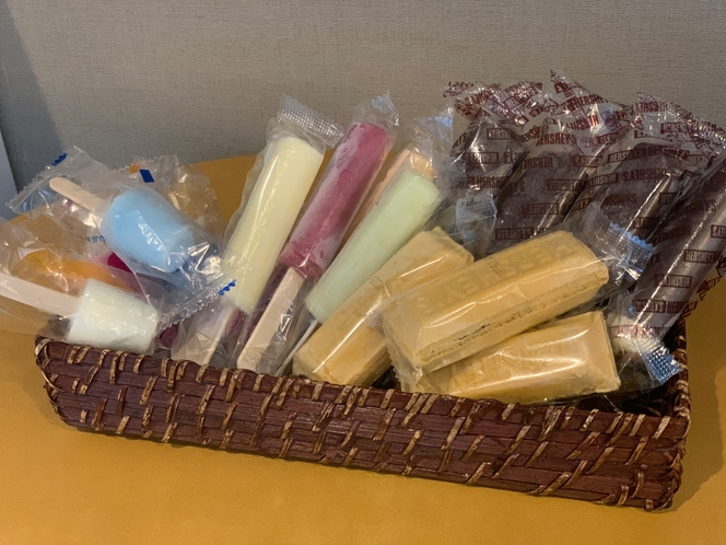 ◆アイスキャンデー フロント前無料提供中!!