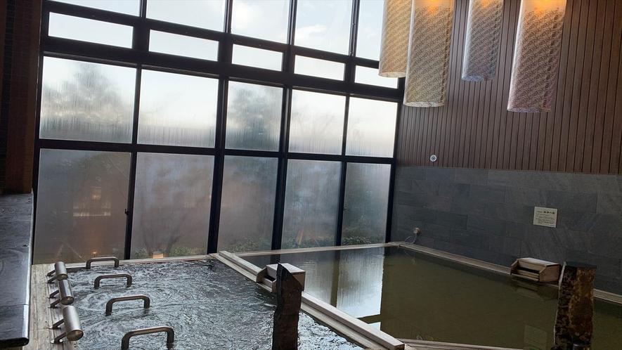 ◆男子大浴場 内檜(湯温:39℃)